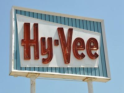 www.hy-veesurvey.com Hy-Vee Customer Satisfaction Survey $500 Hy-Vee Gift Card